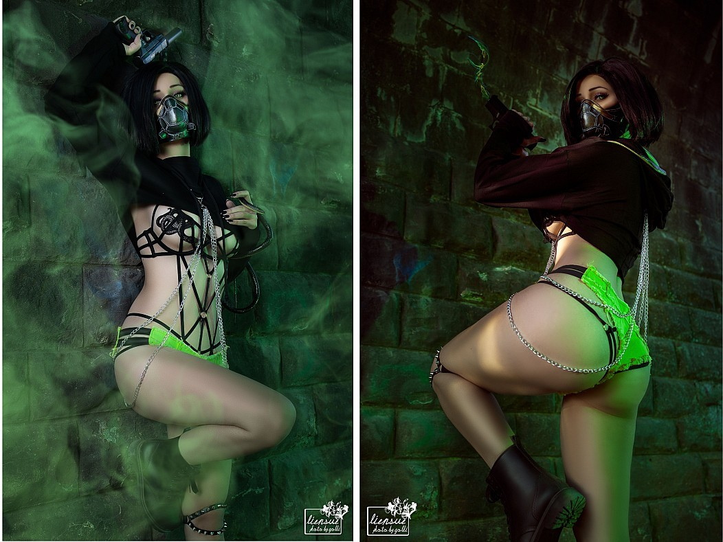 Chaos Theory Naked Cosplay